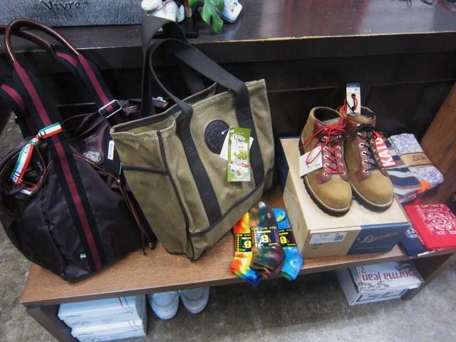 WHITE\'S Boots ・・・ SEMI DRESS (ワイズ・当店別注仕様) 履き易さ◎_d0152280_10353871.jpg
