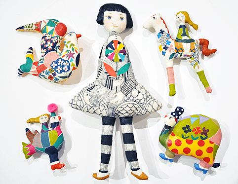 「LINE & COLOR」始まりました / Ryoko Ishii Exhibition_d0193211_23254589.jpg