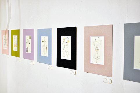「LINE & COLOR」始まりました / Ryoko Ishii Exhibition_d0193211_2329924.jpg