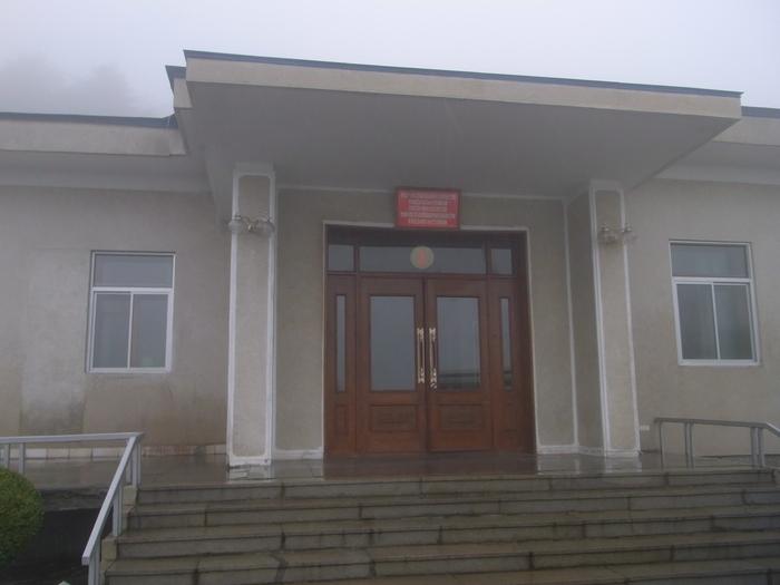 金日成の別荘(琵琶旅館)と旧羅津ヤマトホテル(南山旅館)_b0235153_9413466.jpg