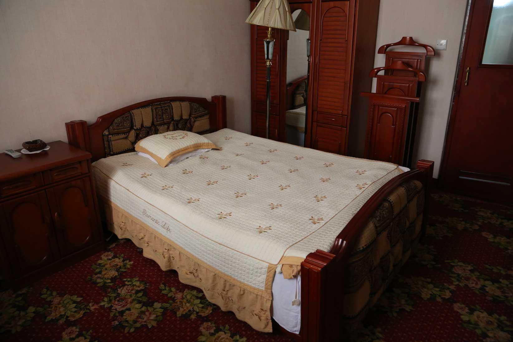 金日成の別荘(琵琶旅館)と旧羅津ヤマトホテル(南山旅館)_b0235153_941428.jpg