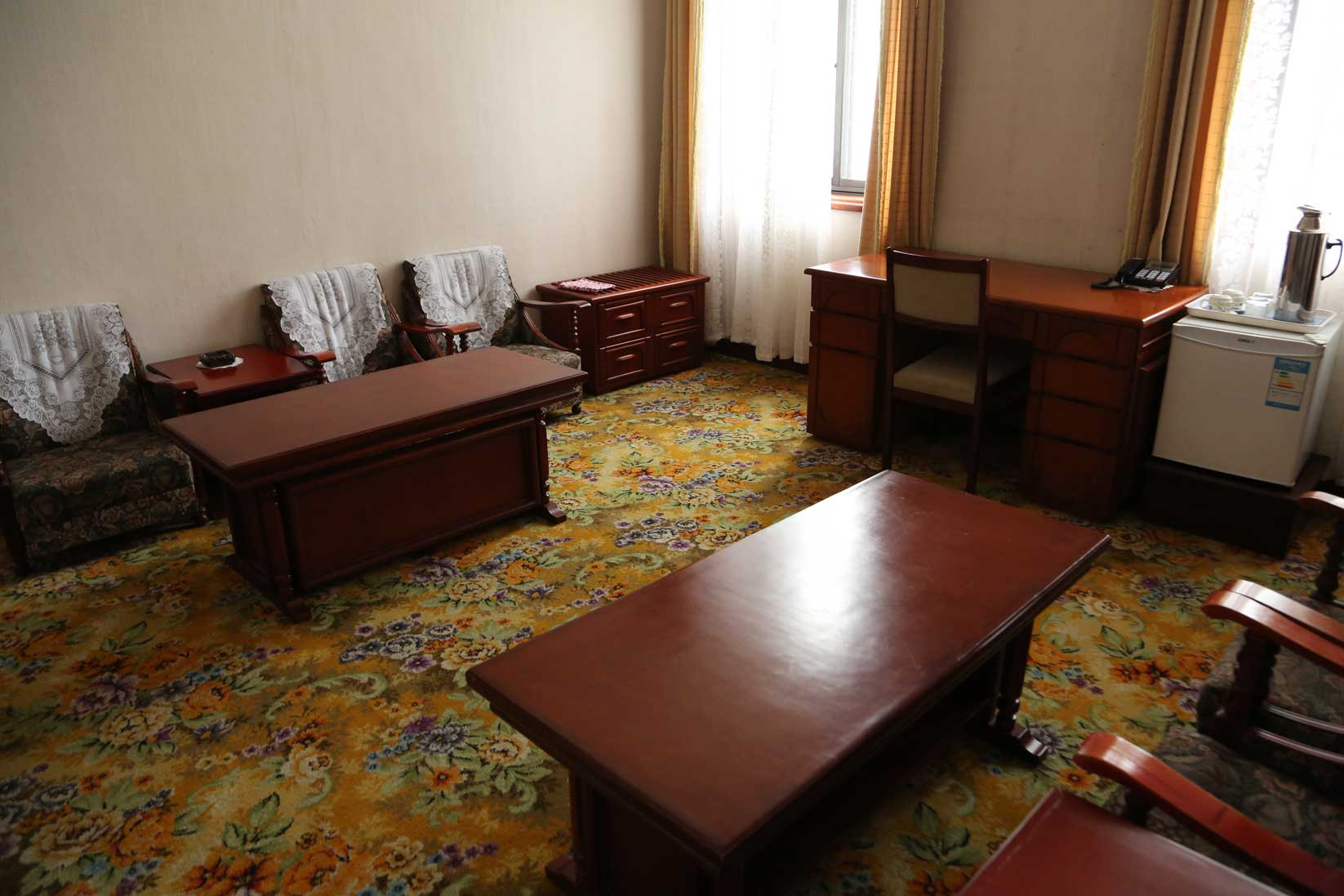 金日成の別荘(琵琶旅館)と旧羅津ヤマトホテル(南山旅館)_b0235153_9414918.jpg