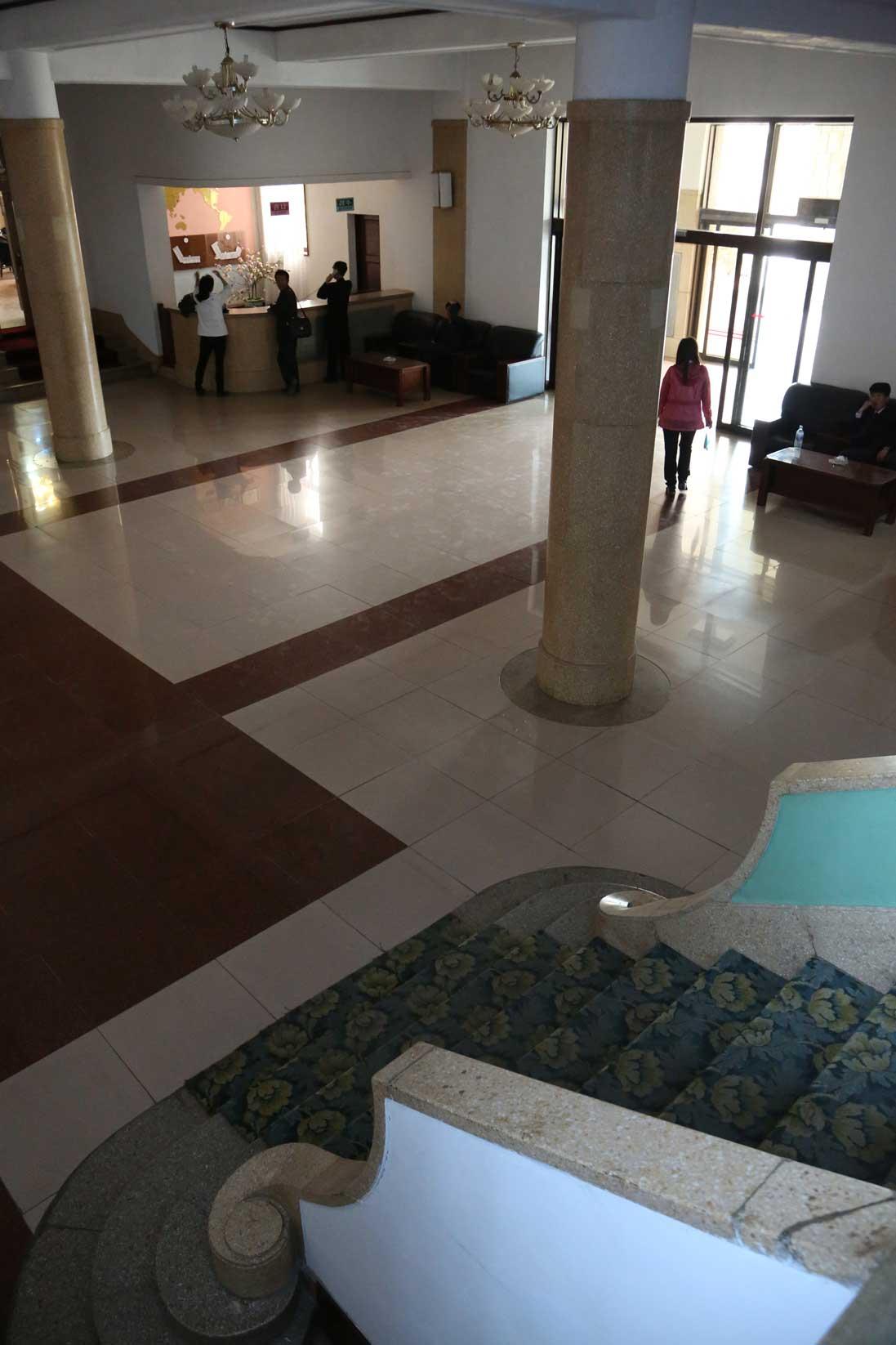 金日成の別荘(琵琶旅館)と旧羅津ヤマトホテル(南山旅館)_b0235153_9415515.jpg