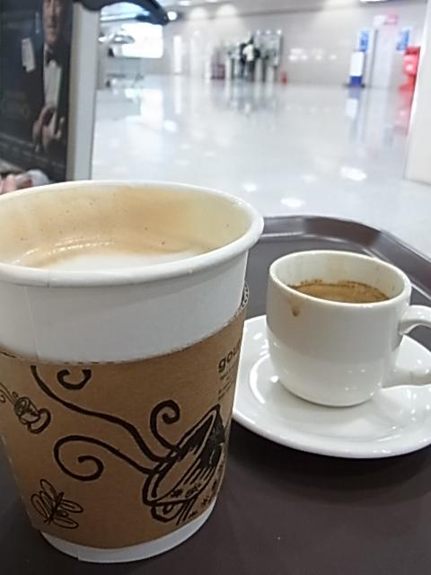 5日目 帰国 釜山空港 レストラン _e0141982_1563179.jpg