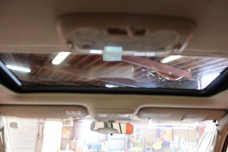 トヨタ ランドクルーザー 100 4.7 VXリミテッド Gセレ入荷!!_b0127002_21351650.jpg