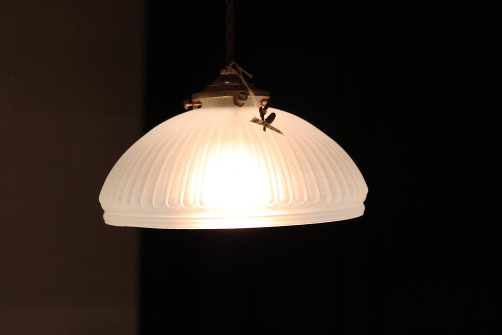『大正期オパールセント吊下照明』_f0192906_19545346.jpg