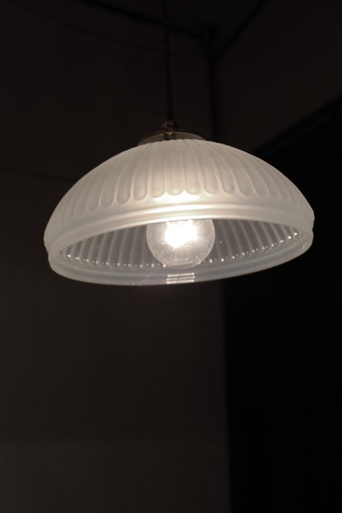 『大正期オパールセント吊下照明』_f0192906_19551948.jpg