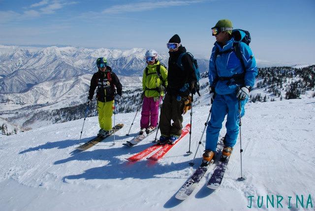 スキーの先生をガイドするのは緊張しました_d0110562_22101725.jpg