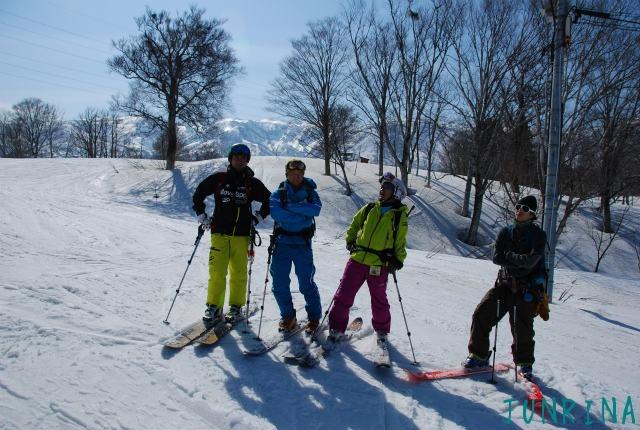 スキーの先生をガイドするのは緊張しました_d0110562_2211193.jpg