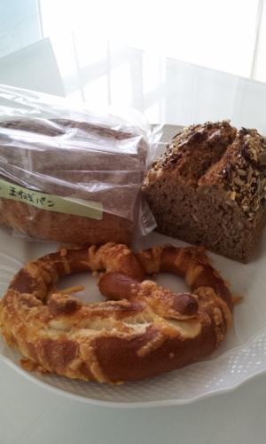 ドイツパン専門店 キルシュブリューテさん (Kirschblute)_a0059035_1238029.jpg
