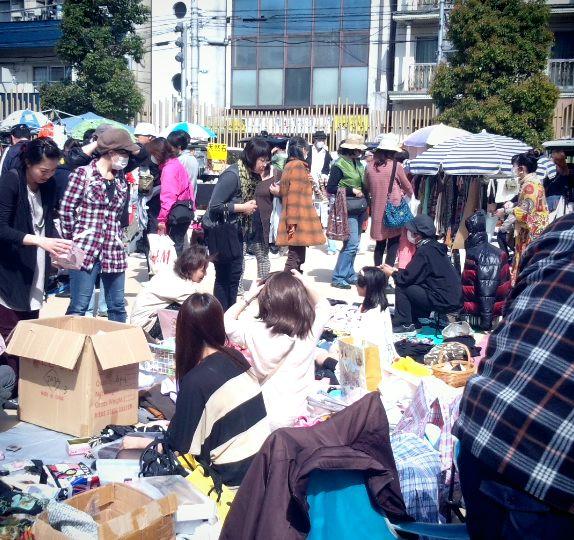 フリーマーケット開催報告@秋葉原・プリズムホール・新宿・宮城 _e0105047_113573.jpg