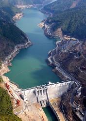 大滝ダムのこと(1)_f0197754_2212470.jpg