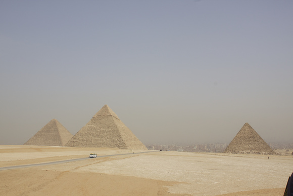 ピラミッド!!_a0287461_1947990.jpg