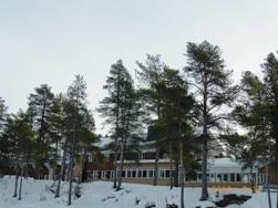 Finland イナリ村の朝とムーミンシリーズのマグ_e0195766_7593413.jpg