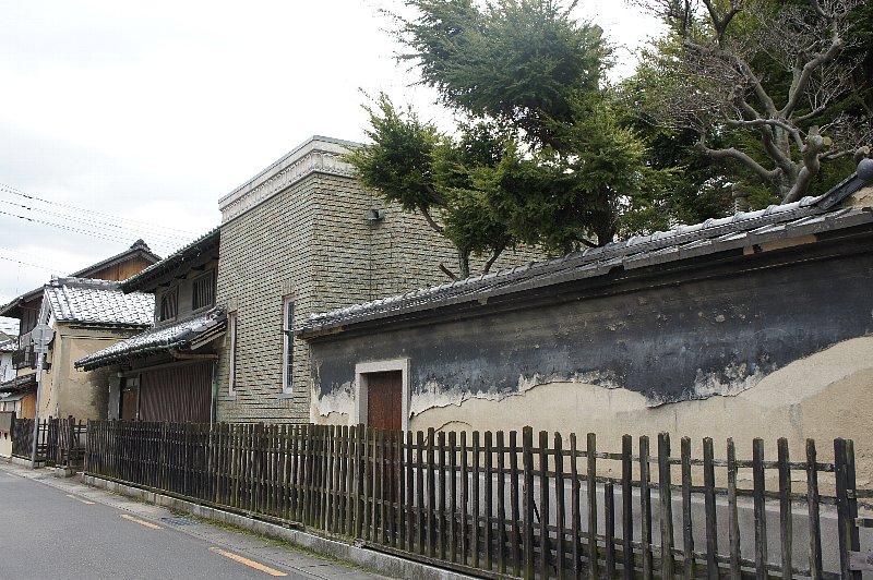 多度津町の合田邸 : レトロな建...