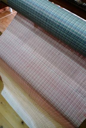 織り上がったばかりの『sunrise』・2013サマーバージョン。_f0177373_19344360.jpg