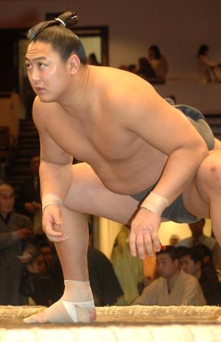 お相撲さんの旭秀鵬