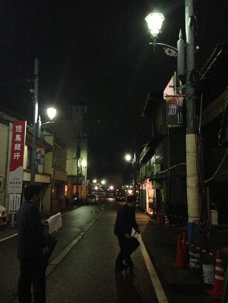 /// 湯村温泉内の全街路灯チェックを行いました ///_f0112434_160215.jpg