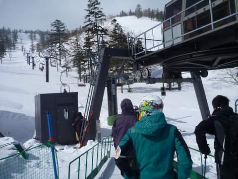 【滑走レポ 2013.3.26】2012/13シーズンのラストパウダーを狙って!@かぐら_e0037849_22521688.jpg