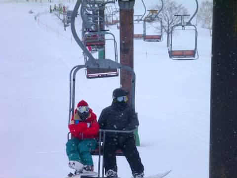 【滑走レポ 2013.3.26】2012/13シーズンのラストパウダーを狙って!@かぐら_e0037849_22524493.jpg