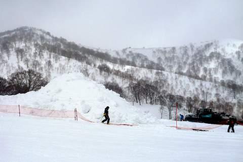 【滑走レポ 2013.3.26】2012/13シーズンのラストパウダーを狙って!@かぐら_e0037849_22525863.jpg