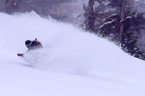 【滑走レポ 2013.3.26】2012/13シーズンのラストパウダーを狙って!@かぐら_e0037849_22582554.jpg