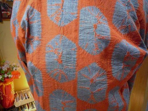 男物の大島紬に花織の帯、絞りのコートのお客様_f0181251_13131813.jpg