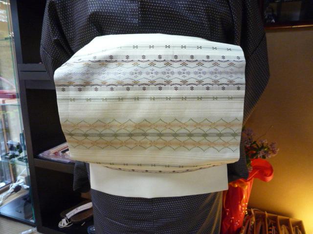 男物の大島紬に花織の帯、絞りのコートのお客様_f0181251_1371516.jpg