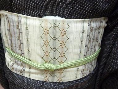 男物の大島紬に花織の帯、絞りのコートのお客様_f0181251_1373575.jpg