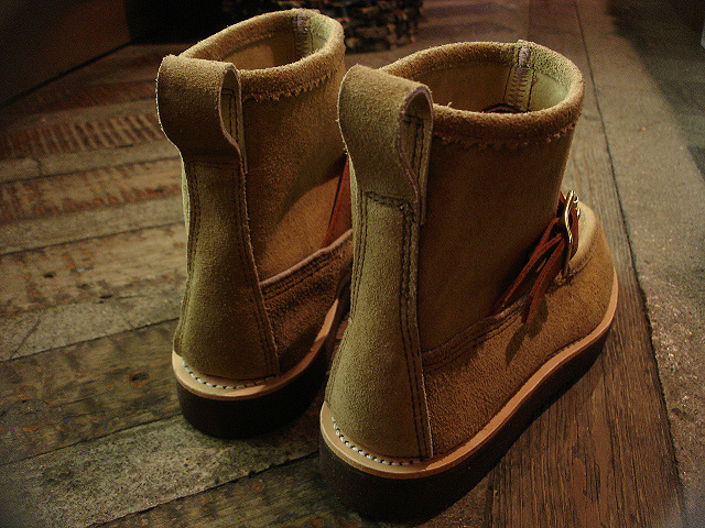 "NEW : RUSSELL MOCCASIN CO. [Knock-A-Bout Boot with Strap] ""Laramie Suede\"" !!_a0132147_159483.jpg"