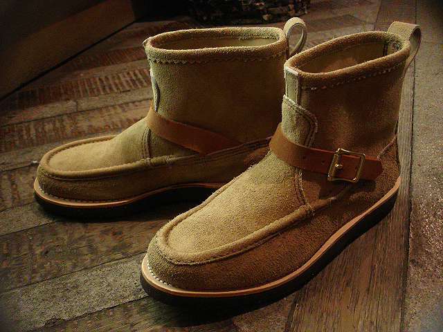 "NEW : RUSSELL MOCCASIN CO. [Knock-A-Bout Boot with Strap] ""Laramie Suede\"" !!_a0132147_2102024.jpg"
