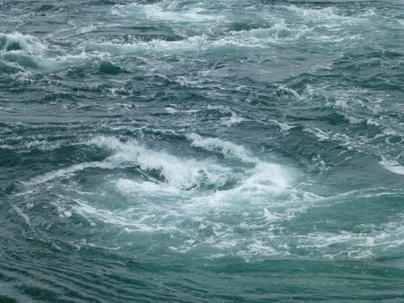 兵庫県淡路島シリーズ  福良で渦潮を観る_b0011584_5362439.jpg