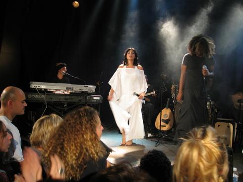 Idan Raichel a Paris, 2006_d0010432_1273066.jpg