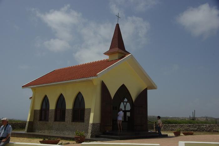 オランダ領アンティール諸島アルーバ-2奇岩群&チャペル  Antilles Aruba-2 Chapel & Rock Formations_e0140365_11718.jpg
