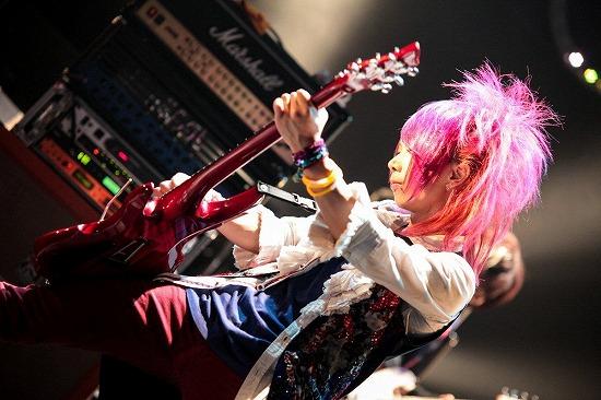 ユナイトがツアーファイナルSHIBUYA-AX公演で3ヶ月連続リリースを発表_e0197970_0574835.jpg