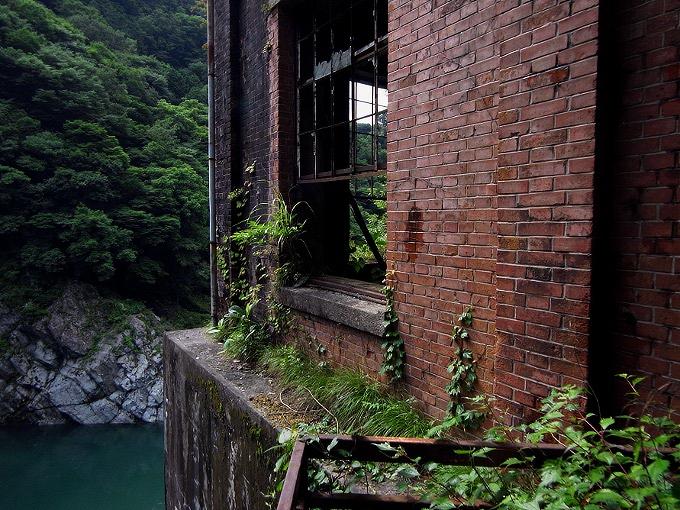 旧三縄水力発電所_f0116479_1455149.jpg