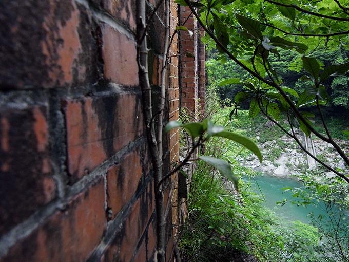 旧三縄水力発電所_f0116479_1737311.jpg