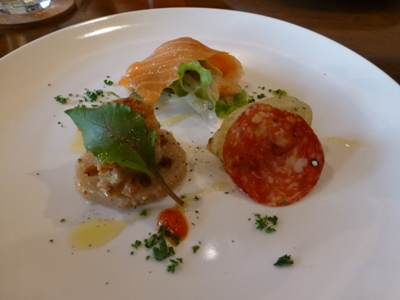 イタリア食堂クッチョロで、長女の合格祝いをして、さあ新年度!_e0188087_21385386.jpg