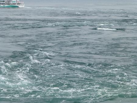 兵庫県淡路島シリーズ  福良で渦潮を観る_b0011584_10521922.jpg