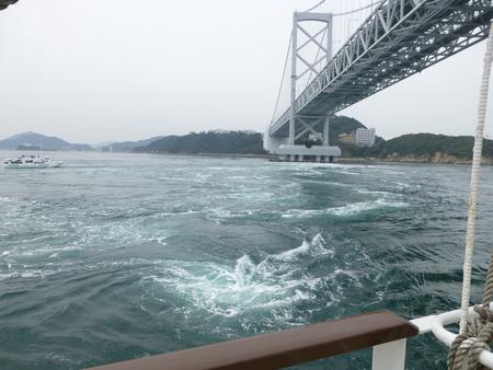 兵庫県淡路島シリーズ  福良で渦潮を観る_b0011584_1054483.jpg