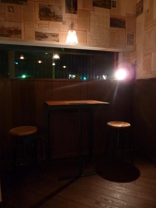 テーブル席_b0281410_16475012.jpg