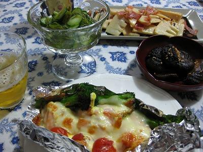 魚入り野菜ス-プ、鮭のホイル焼き♪_f0116812_15485951.jpg