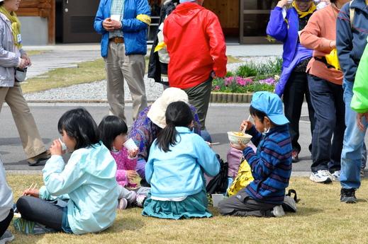 「福島の子どもたち香川へおいでプロジェクト」春企画 4月1日レポ #save_children_b0242956_23265451.jpg