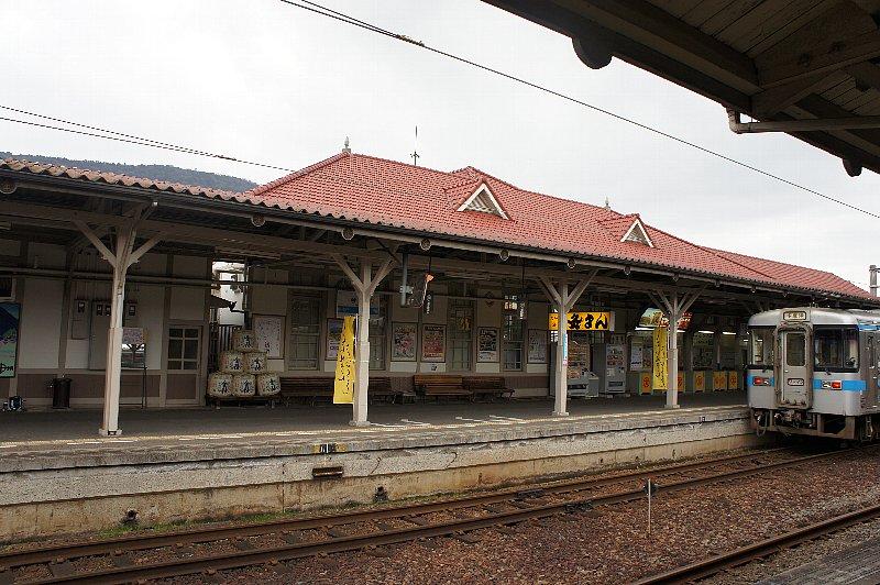 JR琴平駅_c0112559_13215632.jpg