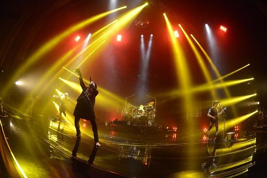 """ムック""""Shangri-La""""ツアーファイナル公演NHKホールで3000人が熱狂_e0197970_1726529.jpg"""