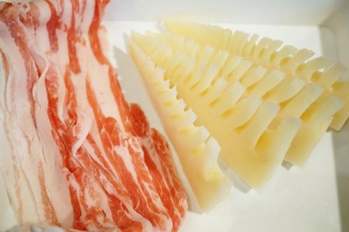 季節のおつまみ【竹の子の豚バラ肉スパイラルソテー餡かけ】_b0033423_2018484.jpg