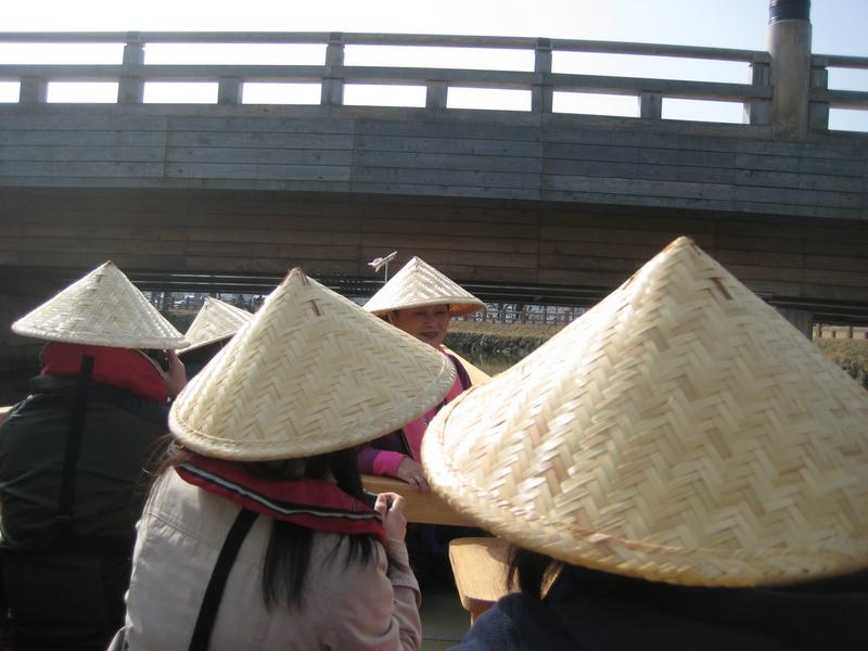 姫路城のお濠に和船 その2 乗ってみた!_c0013687_2147223.jpg