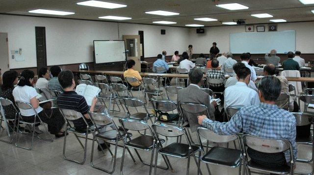 協働事業提案プレゼンテーションに参加し、行いました。_d0257693_1223331.jpg