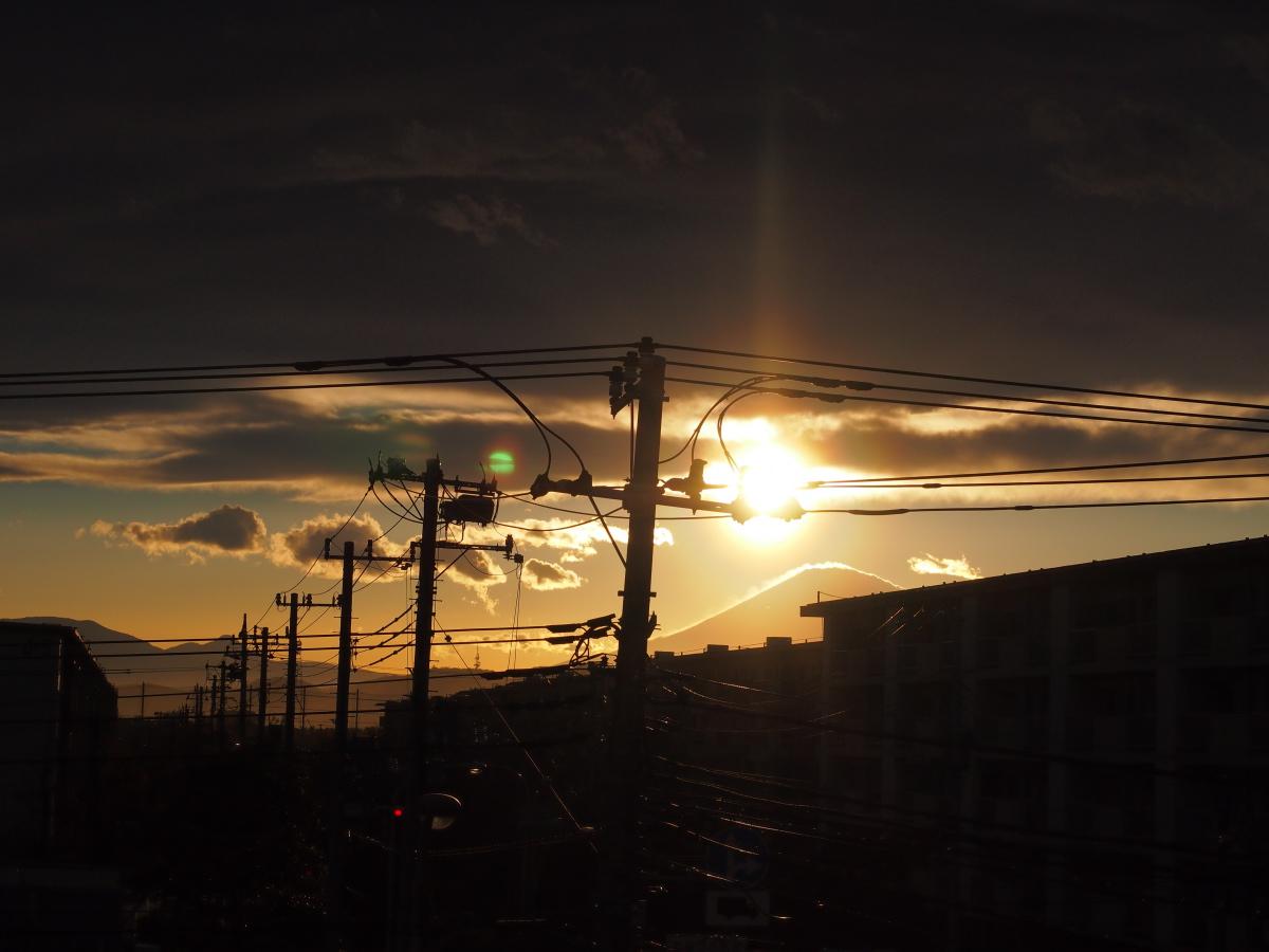 今日の富士…。_e0139093_185729100.jpg