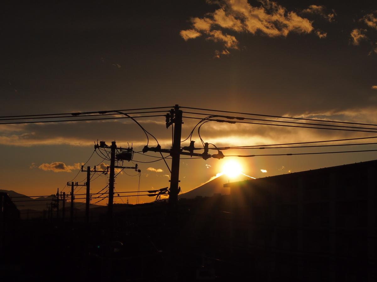 今日の富士…。_e0139093_18574557.jpg